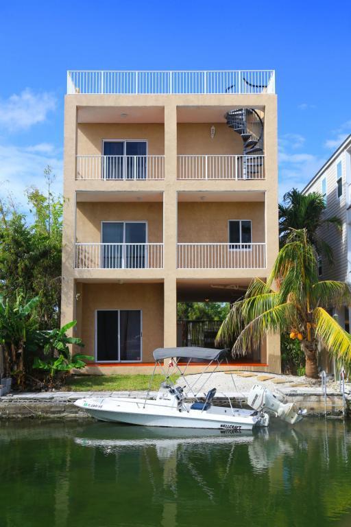 39 Palm Drive, Saddlebunch, FL 33040 (MLS #579557) :: Jimmy Lane Real Estate Team