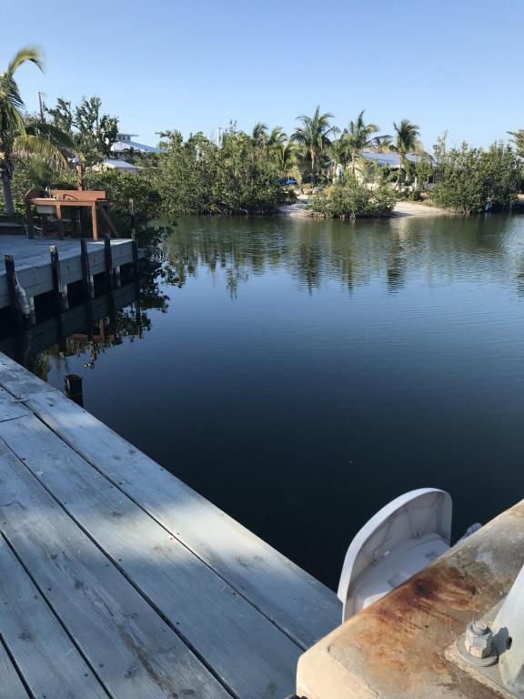 1551 Coral Court, Sugarloaf Key, FL 33042 (MLS #579960) :: Jimmy Lane Real Estate Team