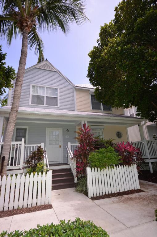 7032 Harbor Village Drive Hawks Cay Resor, Duck Key, FL 33050 (MLS #580484) :: Brenda Donnelly Group