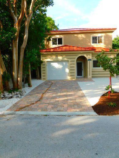 71 Blackbeard Drive, Key Largo, FL 33037 (MLS #580652) :: Doug Mayberry Real Estate