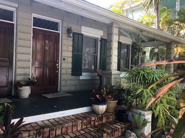909 United Street #101, Key West, FL 33040 (MLS #581000) :: Key West Luxury Real Estate Inc