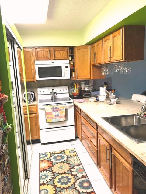 3930 S Roosevelt Boulevard E303, Key West, FL 33040 (MLS #581544) :: Conch Realty