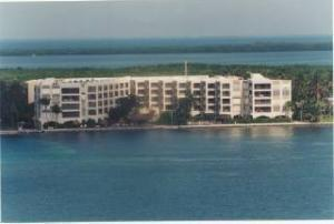 79901 Overseas Highway #214, Upper Matecumbe Key Islamorada, FL 33036 (MLS #581918) :: KeyIsle Realty