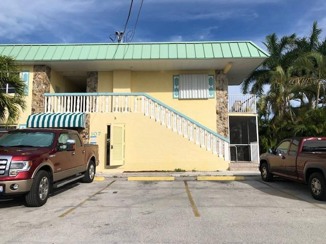 107 Avenue D #213, Marathon, FL 33050 (MLS #584354) :: Doug Mayberry Real Estate