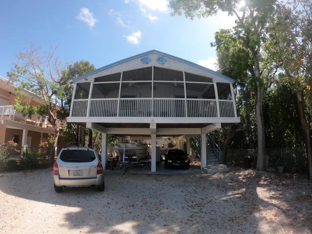 15 Lycaloma Avenue, Key Largo, FL 33037 (MLS #585648) :: Conch Realty
