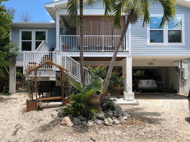 1203 Westward Ho Lane, Marathon, FL 33050 (MLS #585744) :: Coastal Collection Real Estate Inc.
