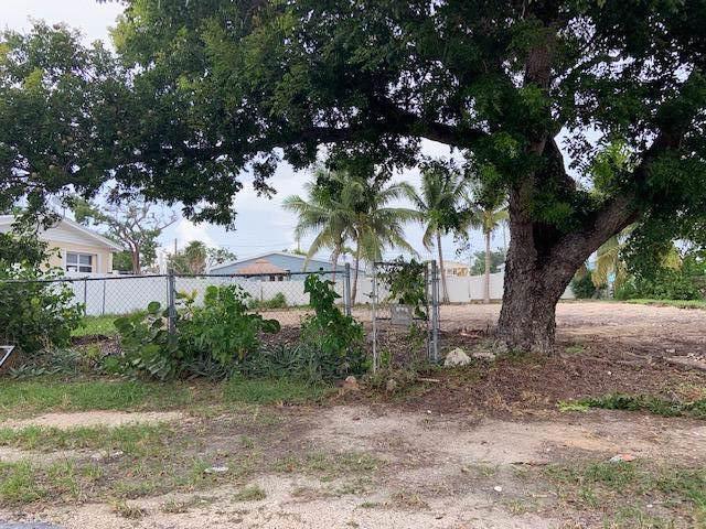 554 64th Street, Marathon, FL 33050 (MLS #587657) :: Coastal Collection Real Estate Inc.