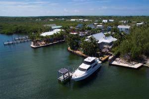 21 Stillwright Way, Key Largo, FL 33037 (MLS #589533) :: Key West Luxury Real Estate Inc