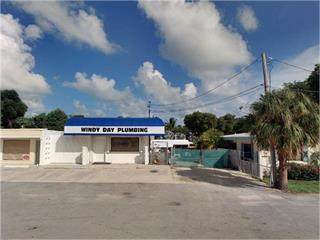82891 Overseas Highway, Upper Matecumbe Key Islamorada, FL 33036 (MLS #590465) :: Born to Sell the Keys