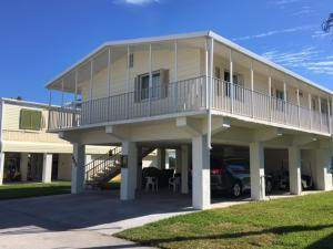 603 N Jade Drive, Key Largo, FL 33037 (MLS #591315) :: Coastal Collection Real Estate Inc.