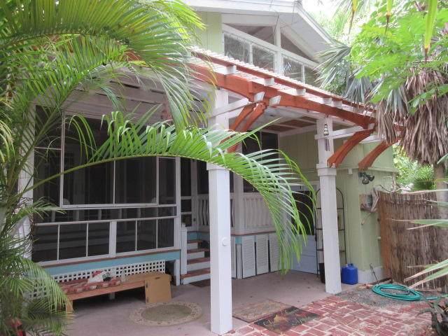 841 Cherokee Street, Sugarloaf Key, FL 33042 (MLS #591661) :: Key West Luxury Real Estate Inc