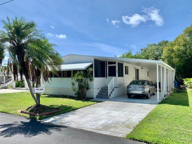 944 S Topaz Avenue, Key Largo, FL 33037 (MLS #592603) :: Coastal Collection Real Estate Inc.