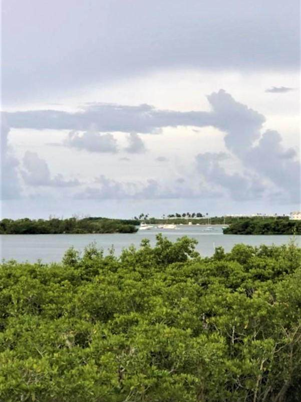 5020 5Th Avenue #20, Stock Island, FL 33040 (MLS #593052) :: Key West Luxury Real Estate Inc