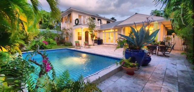 1014 Johnson Street, Key West, FL 33040 (MLS #593652) :: Coastal Collection Real Estate Inc.