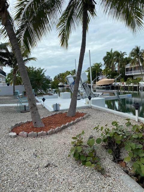 135 Coral Avenue, Plantation Key, FL 33070 (MLS #594208) :: Coastal Collection Real Estate Inc.