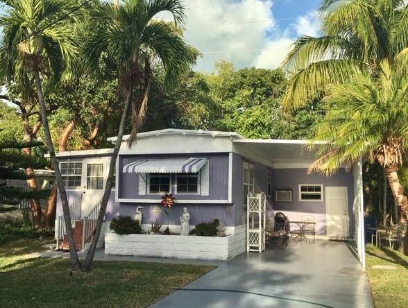 704 N Emerald Drive, Key Largo, FL 33037 (MLS #594931) :: Coastal Collection Real Estate Inc.