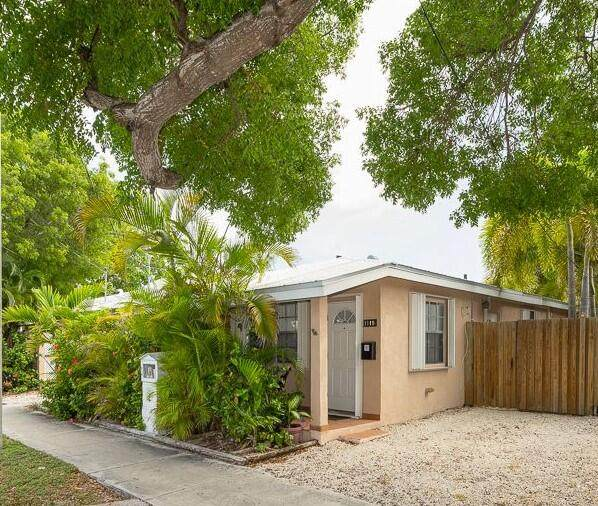 1119 Simonton Street A1, Key West, FL 33040 (MLS #596720) :: Key West Luxury Real Estate Inc