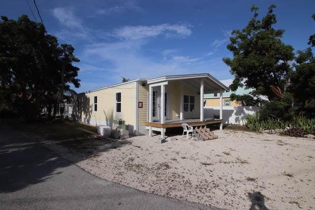 306 Belmont Lane Lane, Key Largo, FL 33037 (MLS #591607) :: Key West Luxury Real Estate Inc