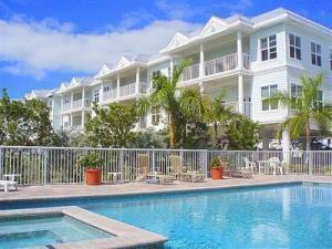 5960 Peninsular Avenue #203, Stock Island, FL 33040 (MLS #578512) :: Jimmy Lane Real Estate Team
