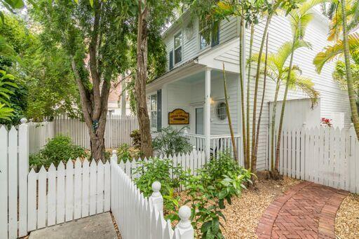 216 Fleming Street, Key West, FL 33040 (MLS #581911) :: Brenda Donnelly Group