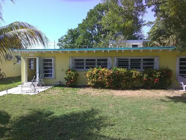 106 Canal Street, Key Largo, FL 33037 (MLS #584763) :: Key West Luxury Real Estate Inc