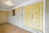 558 Larchmont Drive - Photo 3
