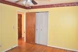 679 Glochester Place - Photo 4