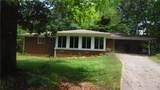 3013 Lynncliff Drive - Photo 2