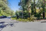 1556 Adrian Drive - Photo 32
