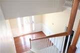 435 Fairpointe Place - Photo 8