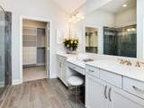200 Westbrook Crossing - Photo 5