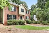 1072 Chestnut Hill Circle - Photo 2