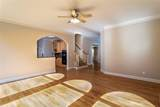 935 Post Oak Close - Photo 11