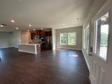 912 Sweetwater Grove - Photo 4