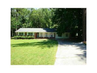 3893 King Edward Trail SW, Atlanta, GA 30331 (MLS #5805671) :: North Atlanta Home Team