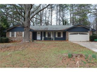 426 Castleaire Drive SW, Stone Mountain, GA 30087 (MLS #5785998) :: North Atlanta Home Team