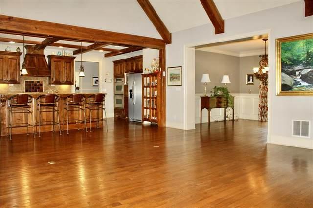 91 Rock Creek Trail, Toccoa, GA 30577 (MLS #6842180) :: Charlie Ballard Real Estate
