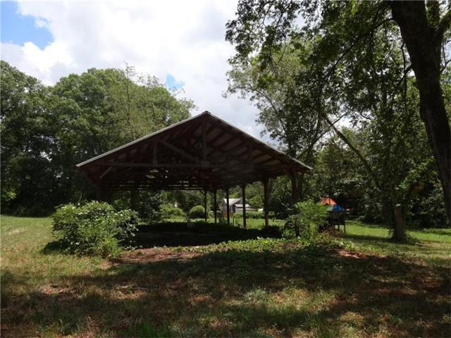 1440 W Poplar Street, Griffin, GA 30224 (MLS #5736684) :: Carr Real Estate Experts