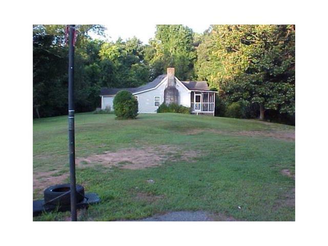 691 Chestnut Hill Road SW, Marietta, GA 30064 (MLS #5794046) :: North Atlanta Home Team