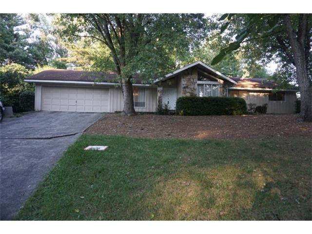 442 Cove Drive NE, Marietta, GA 30067 (MLS #5800717) :: North Atlanta Home Team