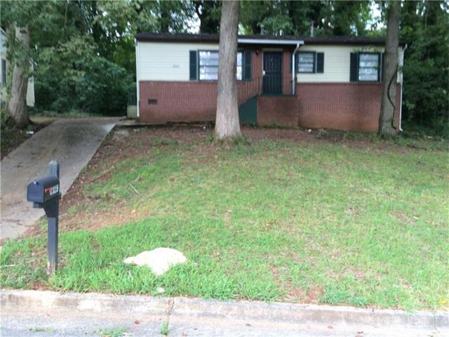 2325 Swallow Circle SE, Atlanta, GA 30315 (MLS #5825895) :: North Atlanta Home Team
