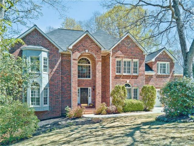 3282 Lantern Coach Lane, Roswell, GA 30075 (MLS #5828956) :: North Atlanta Home Team