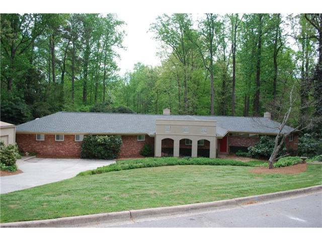 832 Glenwood Drive, Gainesville, GA 30501 (MLS #5835086) :: The Russell Group