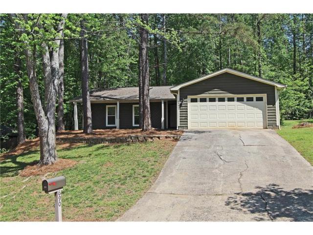 690 Creekwood Crossing W, Roswell, GA 30076 (MLS #5841960) :: North Atlanta Home Team
