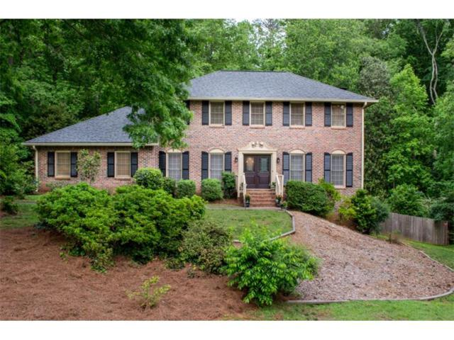 520 Lakemont Court, Roswell, GA 30075 (MLS #5843979) :: North Atlanta Home Team
