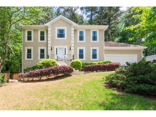 530 Clear Lake Lane, Suwanee, GA 30024 (MLS #5848179) :: North Atlanta Home Team