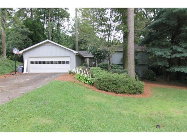 5420 Forest Brook Parkway, Marietta, GA 30068 (MLS #5856030) :: North Atlanta Home Team