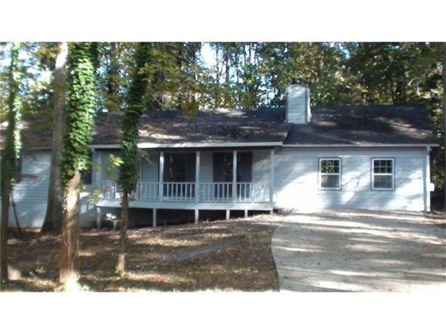 2043 Young Road, Lithonia, GA 30058 (MLS #5859119) :: North Atlanta Home Team