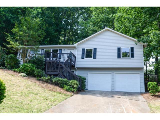 2736 Hawk Trace NE, Marietta, GA 30066 (MLS #5861420) :: North Atlanta Home Team