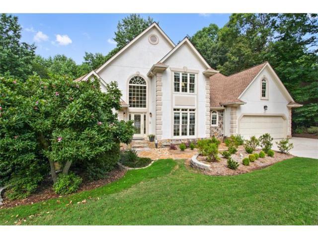 215 Willow Brook Drive, Roswell, GA 30076 (MLS #5863641) :: North Atlanta Home Team